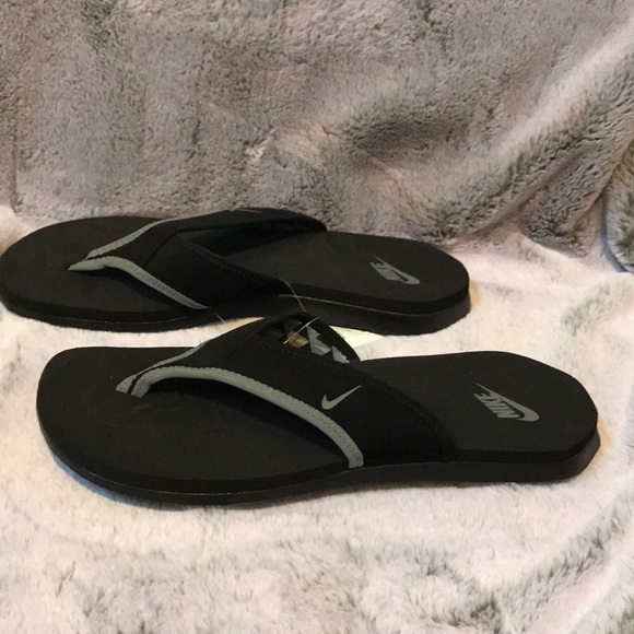 f06e9817be39 Nike men s celso thong plus